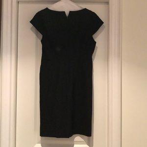 Banana Republic Dresses - Black dress / v neck / lightweight wool w/stretch